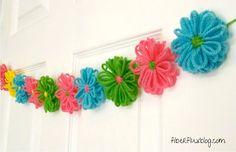 Free Crochet Loom Flower Garland Pattern by @Jenn L Milsaps L / Fiber Flux