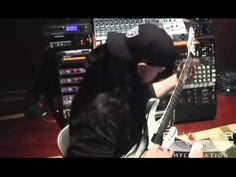 "Mick Thomson recording for Slipknot's ""All Hope is Gone""    Hottest man in rock n roll"