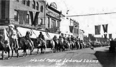 NEZ PERCE DURING A PARADE IN LEWISTON , 1923
