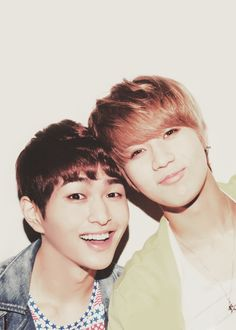 SHINee Onew & Taemin STOP SMILING LIKE THAT ONEW ITS TOO CUTE!!!