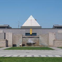 * 水戸芸術館 建築:磯崎新  初めて訪れる美術館は新鮮な気分になります  #磯崎新#水戸芸術館#建築#美術館#建築探訪#三角形#メタボリズム#ポストモダン建築 #ArataIsozaki #architecture #museum #art