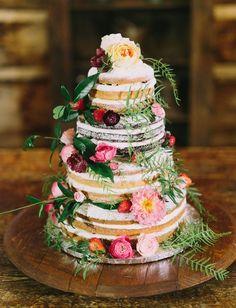 boho naked cake with flowers