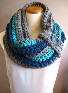 Chunky Bulky Button Crochet Cowl: Gray, Windsor Blue & Aqua Turquoise with Black Button. Someday when I finally learn how to crochet, I'll make myself one of these haha Crochet Bowl, Knit Crochet, Crochet Hats, Chunky Crochet, Loom Knitting, Knitting Patterns, Crochet Patterns, Crochet Buttons, Cowl Scarf