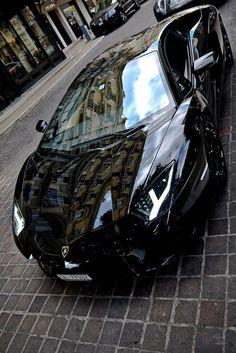 Lamborghini Aventador… The quickest automobiles ever on the earth. There are Lamborghini, Ferrari, BMW, Bugatti, and so on. Luxury Sports Cars, Sport Cars, Vs Sport, Lamborghini Aventador, Ferrari Laferrari, Dream Cars, My Dream Car, Maserati, Bmw