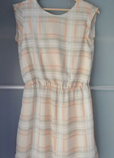 Kup mój przedmiot na #vintedpl http://www.vinted.pl/damska-odziez/krotkie-sukienki/13862208-mango-sukienka-letnia-pastelowa-szyfon