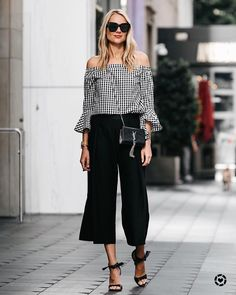 "2,946 Gostos, 87 Comentários - Amy Jackson // Fashion Jackson (@fashion_jackson) no Instagram: ""Dressing up this gingham top today on Fashion Jackson and it's only $79! ❥ // Shop this pic via…"""