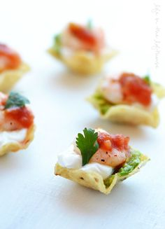Shrimp Taco Bites are little pieces of appetizer heaven. They are perfect finger-foods for any holiday party or football Sunday!         The shrimp are soaked ...
