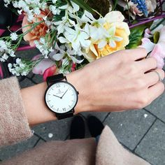 It's time for something new! Say hello to spring with our new Midnight Mesh watch, that fits every spring outfit!   kapten-son.com