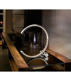 Comprar online Lámpara LED de sobremesa modelo CELINE Luz Led, Celine, Sink, Home Decor, Diffuser, Dessert, Model, Stainless Steel, Arch Ways