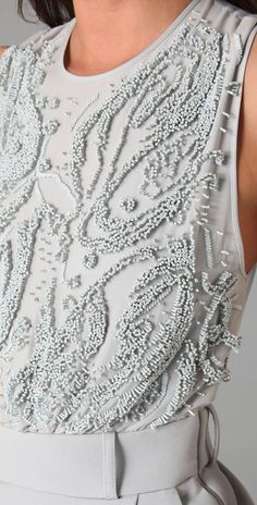 beading detail in a light grey top Couture Embroidery, Embroidery Fashion, Beaded Embroidery, Embroidery Designs, Fashion Mode, Look Fashion, Fashion Beauty, Womens Fashion, Couture Details