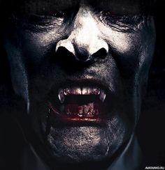 Страшное лицо вампира с обложки трешового фильма о Дракуле — Авы и картинки Satan, Darkness, Horror, Illustration, Artwork, Fictional Characters, Work Of Art, Auguste Rodin Artwork, Artworks