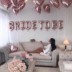 Bridal shower goals! Double tap if you would love this #bridetobe #bridalshower #henparty #bridetobeballoon #rosegold #batchelorette #hinthint