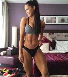 Muslo, pierna y pompa se entrena en el gym