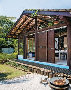 Architecture – Eyes On Brazil Hut House, House Deck, Backyard House, Courtyard House, Home Building Design, House Design, Bahay Kubo Design, Small Dream Homes, Jungle House
