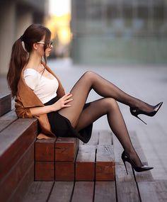 Pantyhose Outfits, Pantyhose Legs, Stockings Heels, Black Stockings, Sexy Legs And Heels, Sexy High Heels, Great Legs, Beautiful Legs, Idda Van Munster