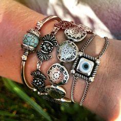 Pulseirismo prata verão 2016, pulseira cheio de pulseiras estilo boho ,pulseiras olho grego, Beth Souza Acessórios Bs acessórios