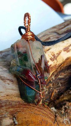 Healers pendantQuartz with hematite and chlorite by Lemurianfields