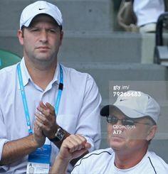 Yuri Sharapov (R) father of Russian tenn : News Photo