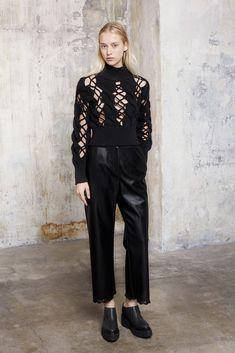 MM6 Maison Margiela Fall 2015 Ready-to-Wear Fashion Show