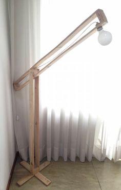 Encontrá Lámpara de Pie desde $700. Muebles, Living y más objetos únicos recuperados en MercadoLimbo.com. http://www.mercadolimbo.com/producto/159/lampara-de-pie