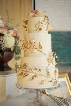 Gorgeous Wedding Cakes With Gold Details gold wedding cake idea; photo: Pepper Nix Photography via Ruffled Fall Wedding Cakes, Beautiful Wedding Cakes, Wedding Cake Designs, Beautiful Cakes, Colourful Wedding Cake, Wedding Cake Centerpieces, Square Wedding Cakes, Elegant Wedding Cakes, Spring Wedding