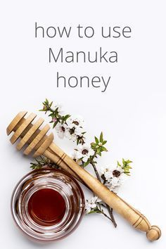 Manuka honey has unique healing properties that other forms of honey do not. Find out how you can use Manuka honey to heal acne, treat wounds, and more. Manuka Honey Benefits, Calendula Benefits, Matcha Benefits, Lemon Benefits, Coconut Health Benefits, Manuka Honey Eczema, Manuka Honey Uses, Health Tips, Health And Wellness