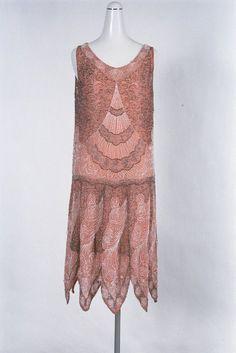 1920 Style, Style Année 20, Flapper Style, Vintage Outfits, 1920s Outfits, Vintage Dresses, Vintage Clothing, 1930s Fashion, Art Deco Fashion