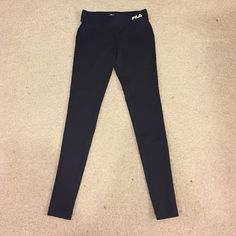 FILA leggings! FILA leggings size medium youth. Ankle length! Like new! *****all $8 items in my closet are $8 for 1, $13 for 2, and $16 for 3! Fila Pants Leggings