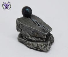 Seer's Stone (by Tiny Terrain) #ChaoticColors #paintingminiatures #Miniaturepainting #Tabletopgames #Wargaming #Scalemodel #art #creative #hobby #dungeonsanddragons #dnd #dungeonsaga #frostgrave #rpg #roleplay #terrain #scenery #paintingwarhammer #Warhammerpainting #warhammer #wh #gamesworkshop #gw #ageofsigmar #aos #sigmar #whfb #fantasy #warhammerfantasy #Kingsofwar #kow #kingsofwarvanguard #tinyterrain #seersstone Warhammer Fantasy, Warhammer 40k, Dungeons And Dragons, Age Of Sigmar, Tabletop Games, Gw, Scenery, Decorative Boxes, Miniatures