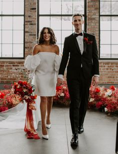 Short Wedding Dresses for Brides Boho Wedding Shoes, Boho Wedding Flowers, Boho Wedding Decorations, Green Wedding Shoes, Wedding Themes, Wedding Bouquet, Wedding Centerpieces, Wedding Cake, Wedding Ideas