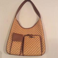 Gorgeous Nine & Company woven straw like handbad Like new 100% paper basket weave Nine & Company Bags Shoulder Bags
