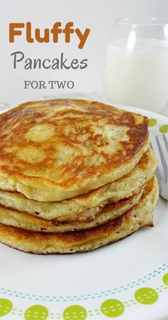 Fluffy Pancakes for Two - the fluffy, warm goodness satisfies your early m . - Fluffy Pancakes for Two – the fluffy, warm goodness satisfies your early morning … – - Breakfast And Brunch, Breakfast Dishes, Breakfast Recipes, Dinner Recipes, Breakfast Ideas, Dinner Ideas, Mexican Breakfast, Dinner For Two, Perfect Breakfast