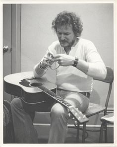 vintage photos of gordon lightfoot from the 70's   Gordon Lightfoot Vintage Print Massey Hall (Toronto, Ontario) 1975