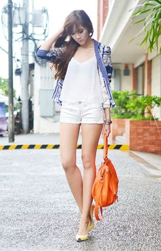 http://itscamilleco.com (Silver Denim on Camille Tries To Blog)