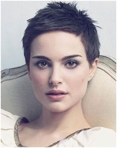 2018 Very Short Pixie Hairstyles & Haircuts inspiration . Short Hairstyles For Women, Haircuts For Men, Bob Hairstyles, Pixie Haircuts, Haircut Men, Short Pixie, Short Hair Cuts, Pixie Cuts, Curly Short