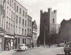 Dublin Street, Dublin City, England Ireland, Dublin Ireland, Old Pictures, Old Photos, Photo Engraving, Iceland Travel, Historical Photos