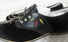 I totally remember that colored design from something I had as a kid-Vintage Saddle Shoes Flats Deadstock sz by PopRocksNSodaVintage