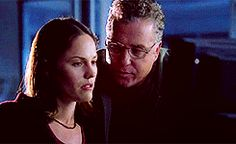 csiaw day 4: favorite relationship: sara x grissom... - The virtue's in the vowel sounds.