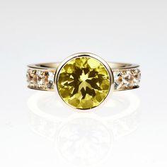 GIA certificated 2.84ct Yellow sapphire by TorkkeliJewellery