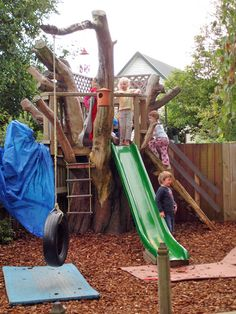 A really nice playground set up in a New Zealand child care centre. Imaginative use of a dead tree - don't rip it out, use it!  From the NZ Ministry of Education http://www.lead.ece.govt.nz