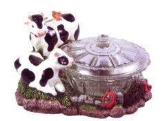 Cow Kitchen Theme   Candy Dish, decorative Bowl, cow theme, 7629 Cow Kitchen, Kitchen Dishes, Kitchen Stuff, Kitchen Themes, Kitchen Decor, Cow Ornaments, Cow Parade, Cow Decor, Kitchen Necessities