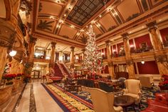 Come admire the beauty of the Jefferson Hotel Christmas Tree