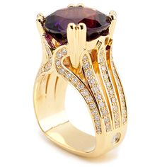 Flora Collection - 9.07ct Four Peaks Amethyst accented by Diamonds set in 18K Yellow Gold.