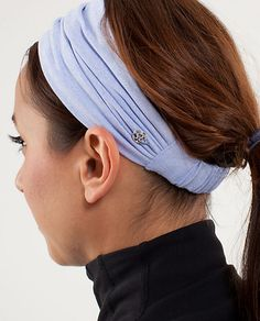 I have a similar headband I bought in Greece about 6 yrs ago and EVERYONE at the gym asks me where I got it from.. Here is a great alternative!!!  I love how it pulls back and can be thicker if needed!