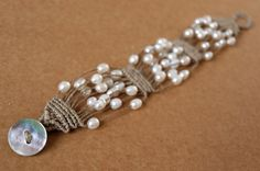 love the texture of the jute and the daintiness of the pearls