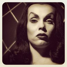 Just had THE best meeting w @Sam_Soto about curating the next @WonderlandLA exhibit! Can't wait to announce!  http://instagr.am/p/KvoMIOlSc6/#VAMPIRA !