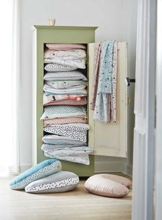 Done by Deer creates fun products for children supporting the fantastic journey of growing up. Zara Home, Done By Deer, Nordic Interior Design, Kidsroom, Linen Bedding, Kids Toys, Storage, Furniture, Home Decor
