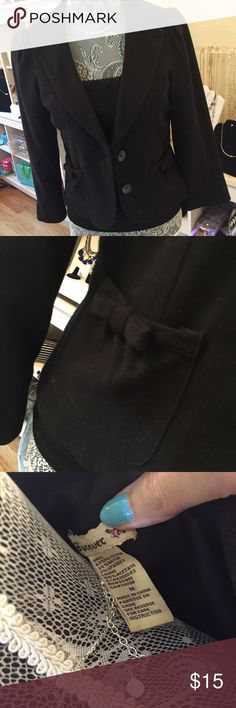 Forever 21 Black Blazer Forever 21 Shorty Black Blazer with cute bow detail Forever 21 Jackets & Coats Blazers