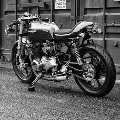 "OVERBOLD MOTOR CO. — ""This is my Kawasaki z500. Totally restored ..."