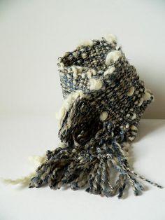 écharpe - tissage tissé à la main - 'il commence à neiger'
